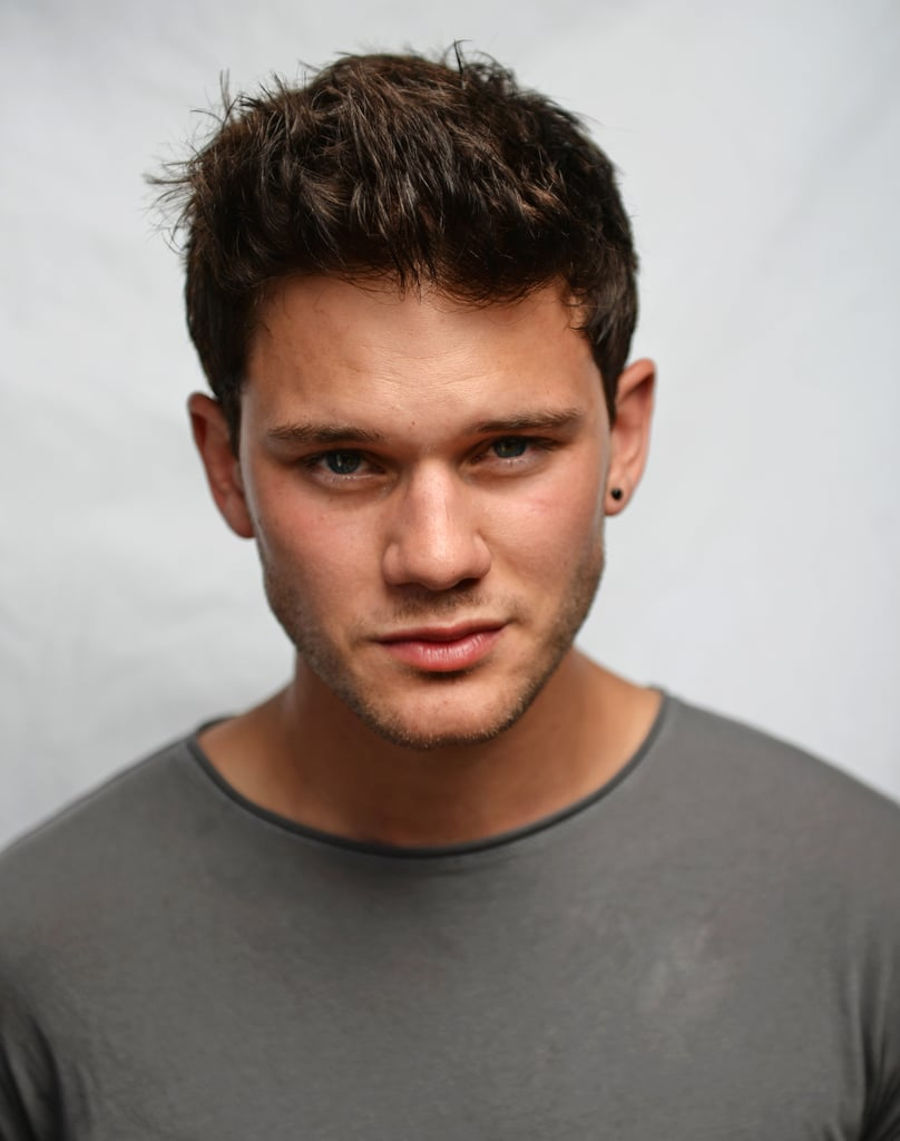 Jeremy Irvine Hot Pictures