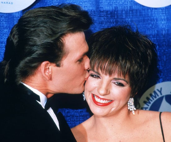 Patrick Swayze kissed Liza Minnelli backstage at the 1987 ceremony.