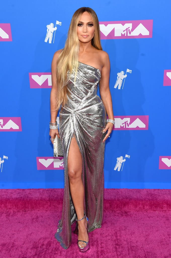 Jennifer Lopez Wearing Versace to the 2018 MTV Video Music Awards