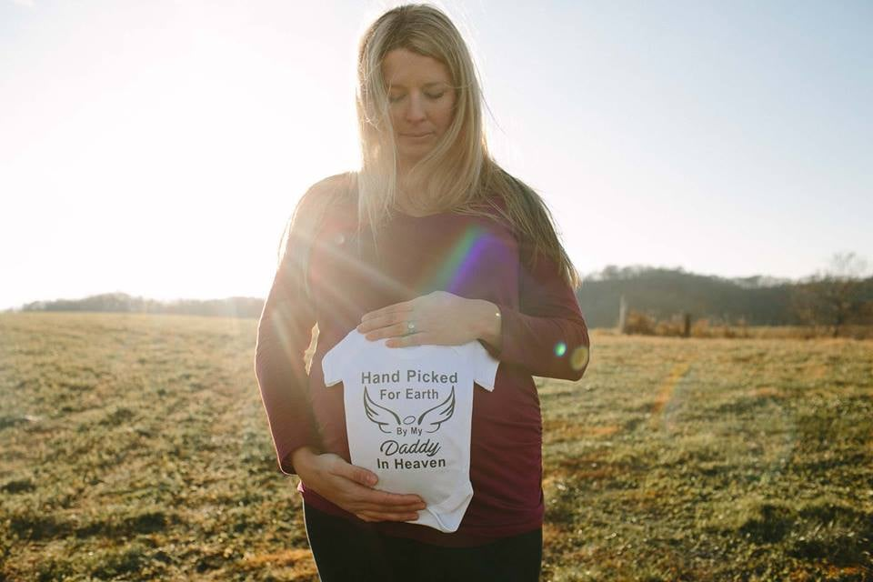 Something Surprising in This Grieving Widow's Maternity Photo Is Making Everyone Do a Double-Take
