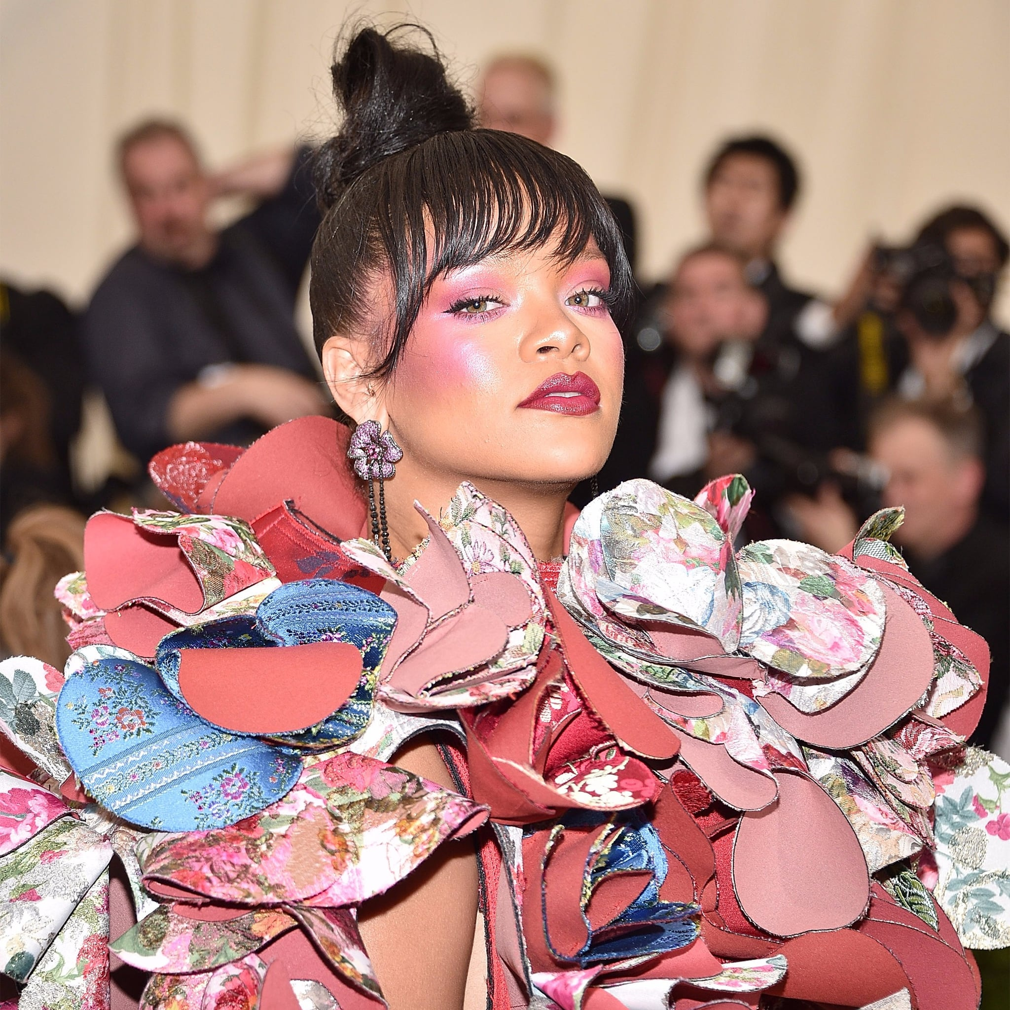 Buy Gala met rihannas hair makeup picture trends
