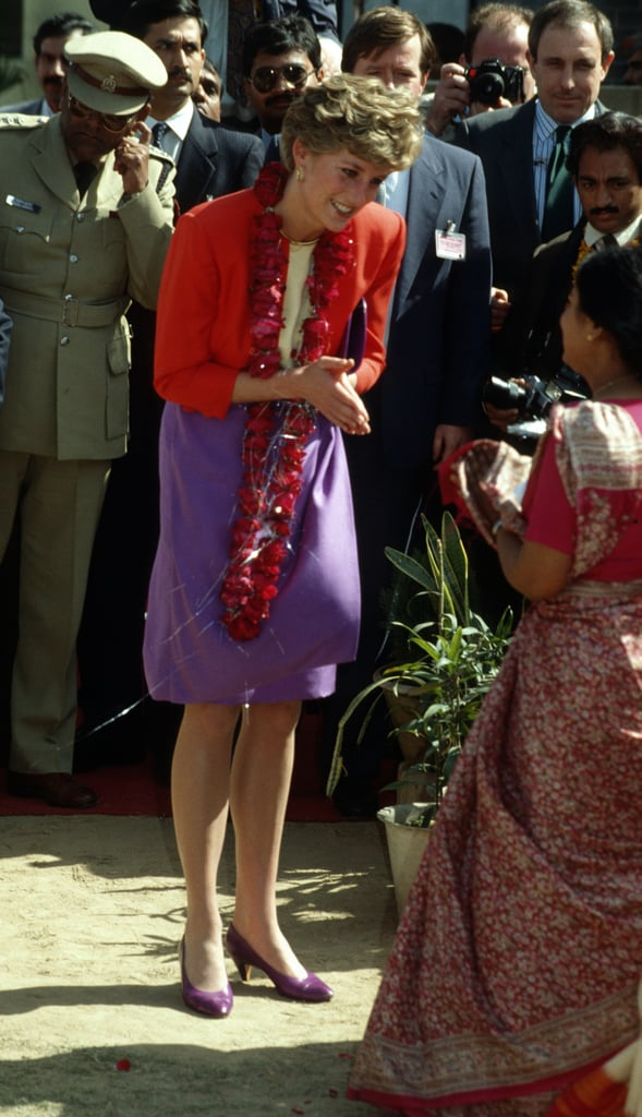 In 1992, Diana again chose a purple pencil skirt topped with a red blazer for a visit Marie Stopes Clinic in India.