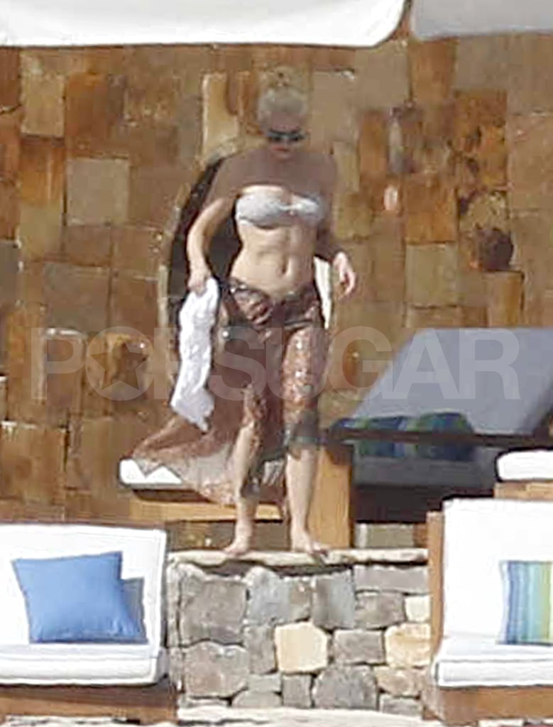 Bikini-clad Gwen Stefani at at her Cabo resort.