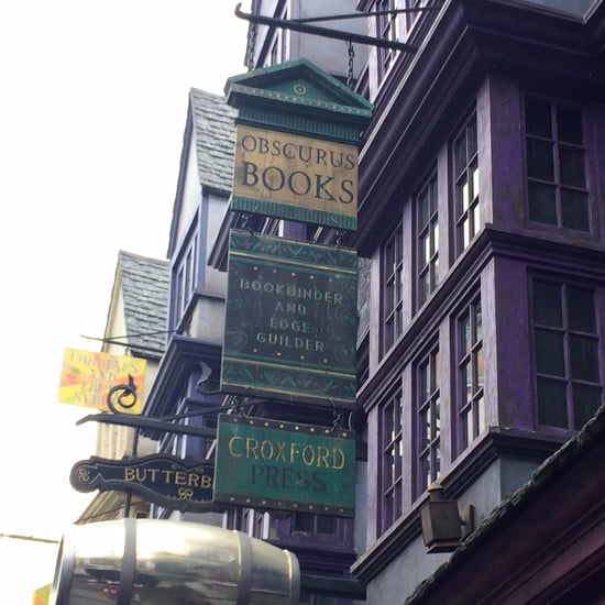 Fantastic Beasts Sign at Harry Potter World
