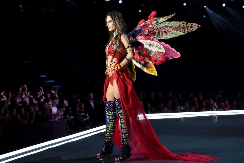 Make Sure You Get a Very Good Look at Alessandra Ambrosio's Final Victoria's Secret Walk