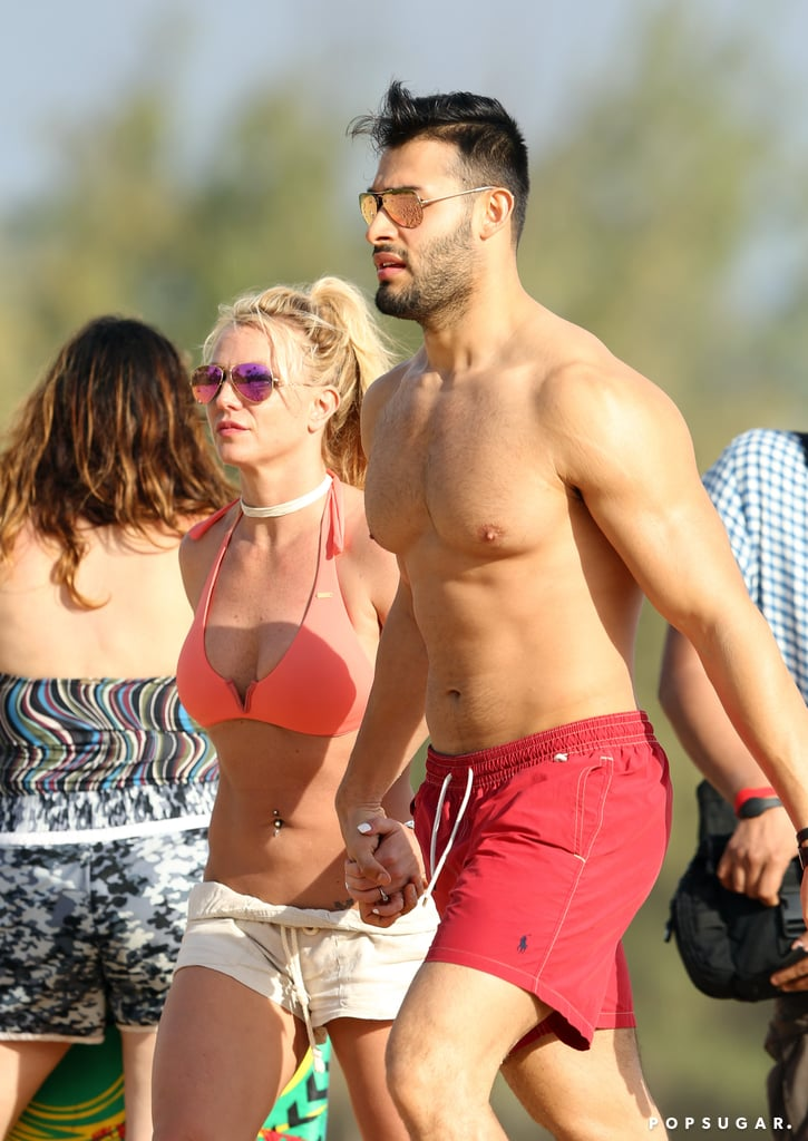 Serious Question: Who Has the Hotter Abs? Britney Spears or Her Boyfriend?