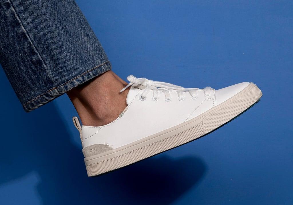 TOMS White Leather Women's Trvl Lite Low Sneakers