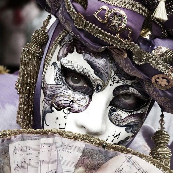 Mardi Gras Fancy Dress Photos