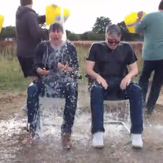 Tom Cruise Literally Takes One For the Team With His Ice Bucket Challenge