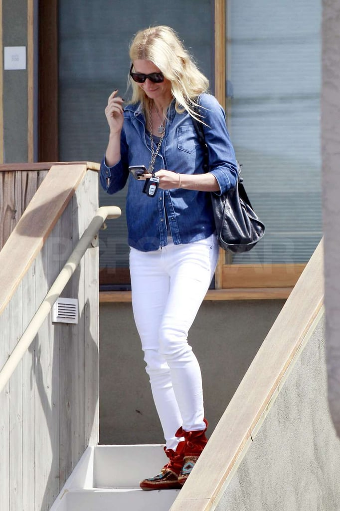Gwyneth Paltrow left a meeting.