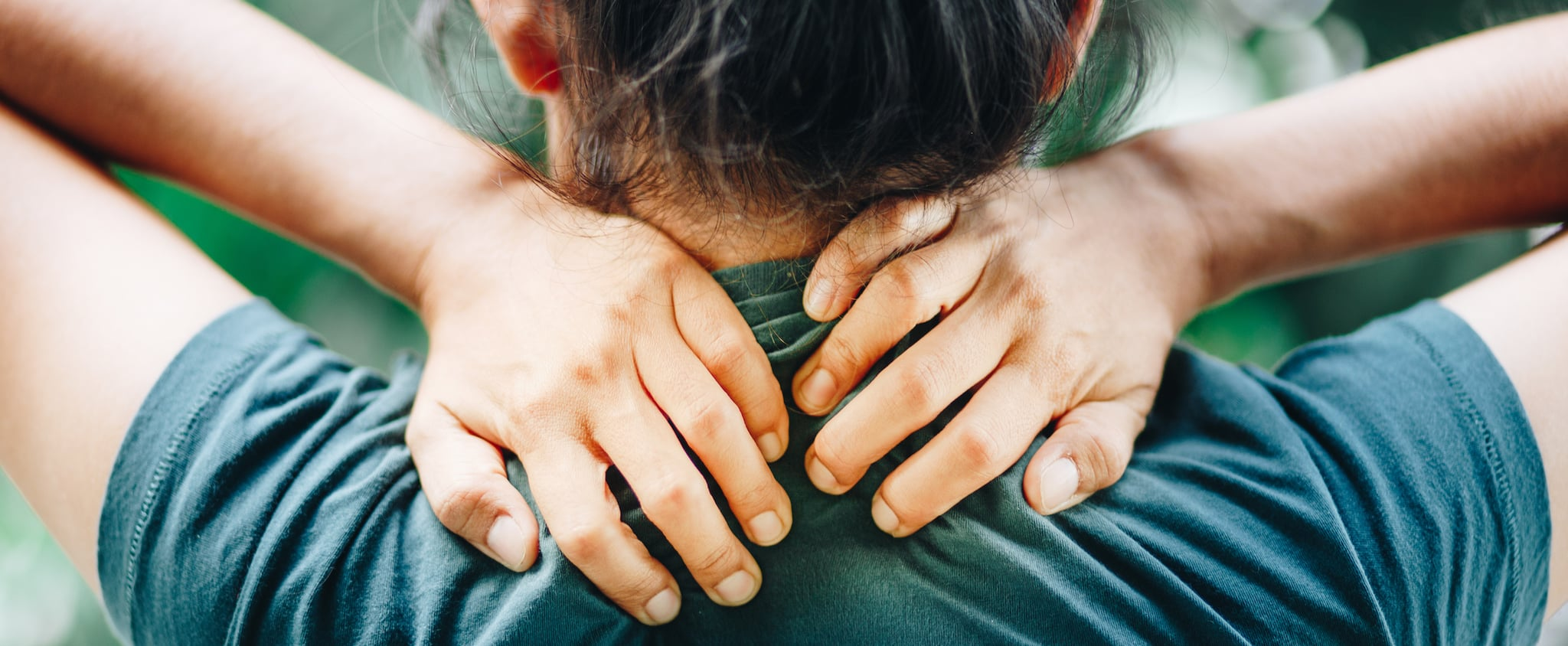 A Guide to What Muscle Knots Are and How to Reduce the Pain