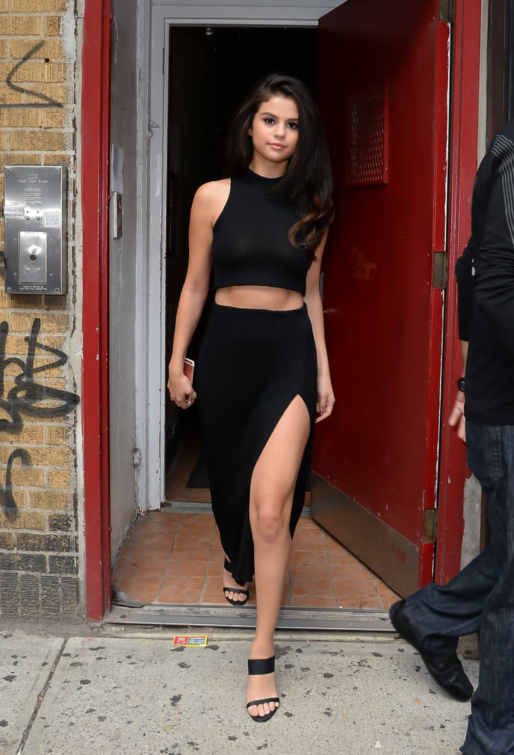 Sexy Selena Gomez Pictures  Popsugar Latina Photo 22-9670