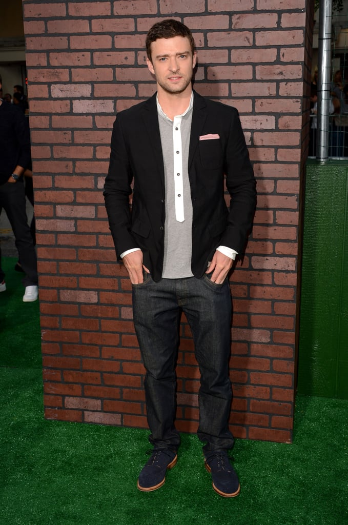 Justin Timberlake wore a blazer with jeans to the Trouble With the Curve premiere in LA.