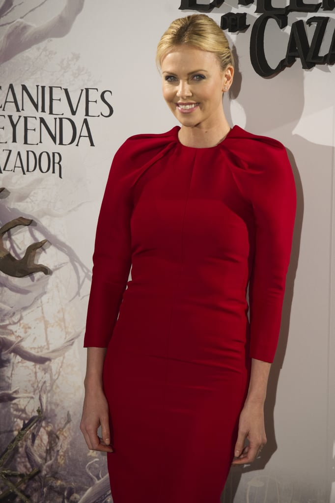 Charlize Theron gave a smile at the Snow White and the Huntsman photocall in Madrid.