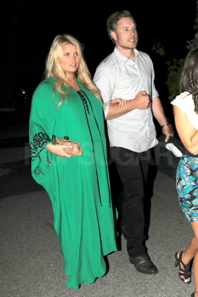 Pregnant Jessica Simpson in Palm Springs Pictures
