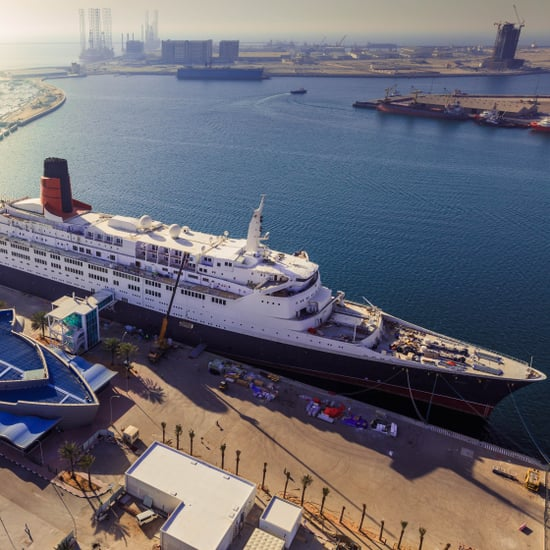 صور سفينة كوين إليزابيث 2 التاريخيّة في دبي