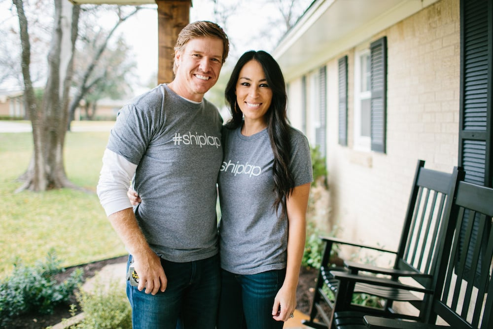 Fixer upper fan gear popsugar home for Do families on fixer upper get to keep the furniture