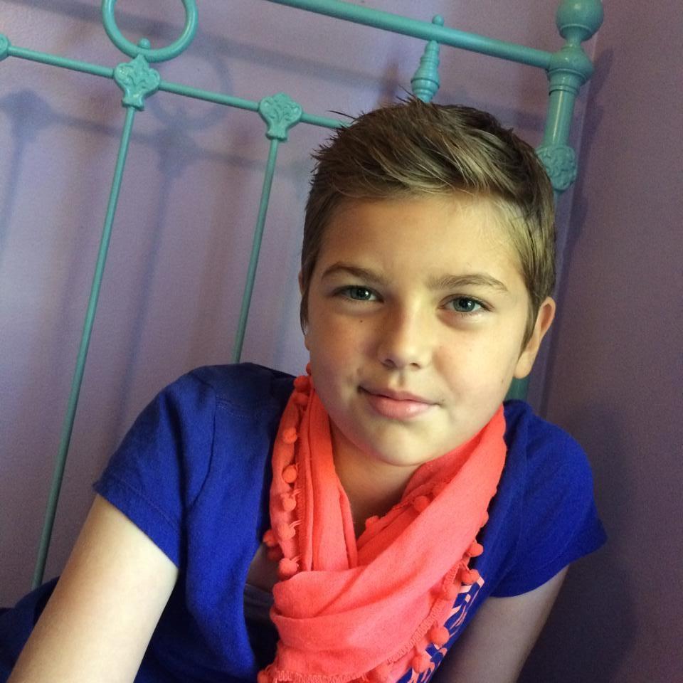 Girl Bullied For Short Haircut Popsugar Family