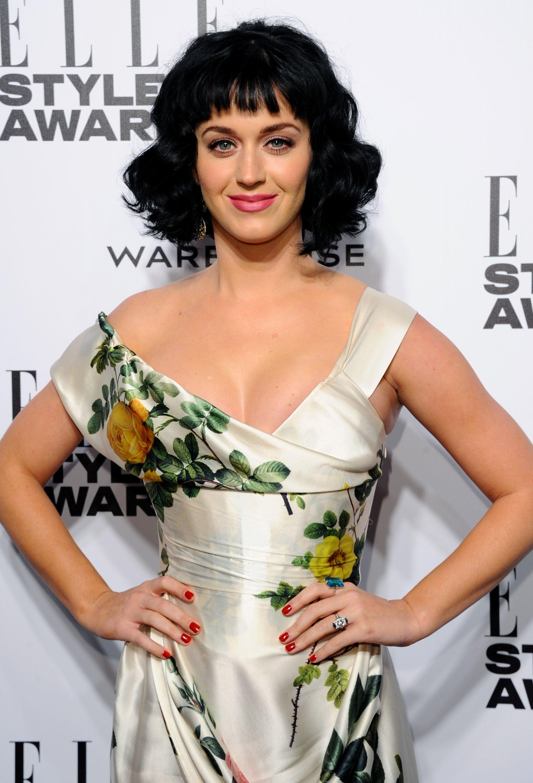 Katy Perry = Katheryn Elizabeth Hudson