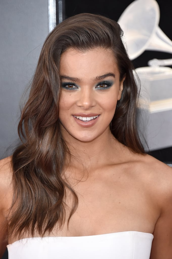 Hailee Steinfeld\'s Hair and Makeup at the Grammys 2018 | POPSUGAR Beauty