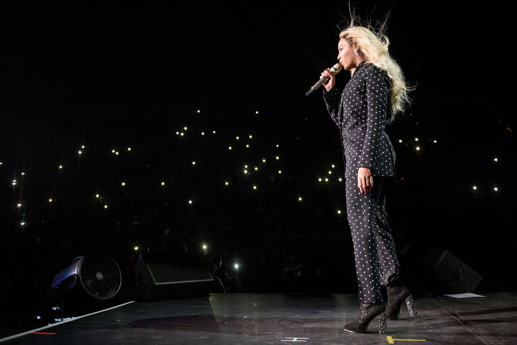 beyonce knowles and jay z at hillary clinton concert 2016 popsugar celebrity uk photo 13. Black Bedroom Furniture Sets. Home Design Ideas