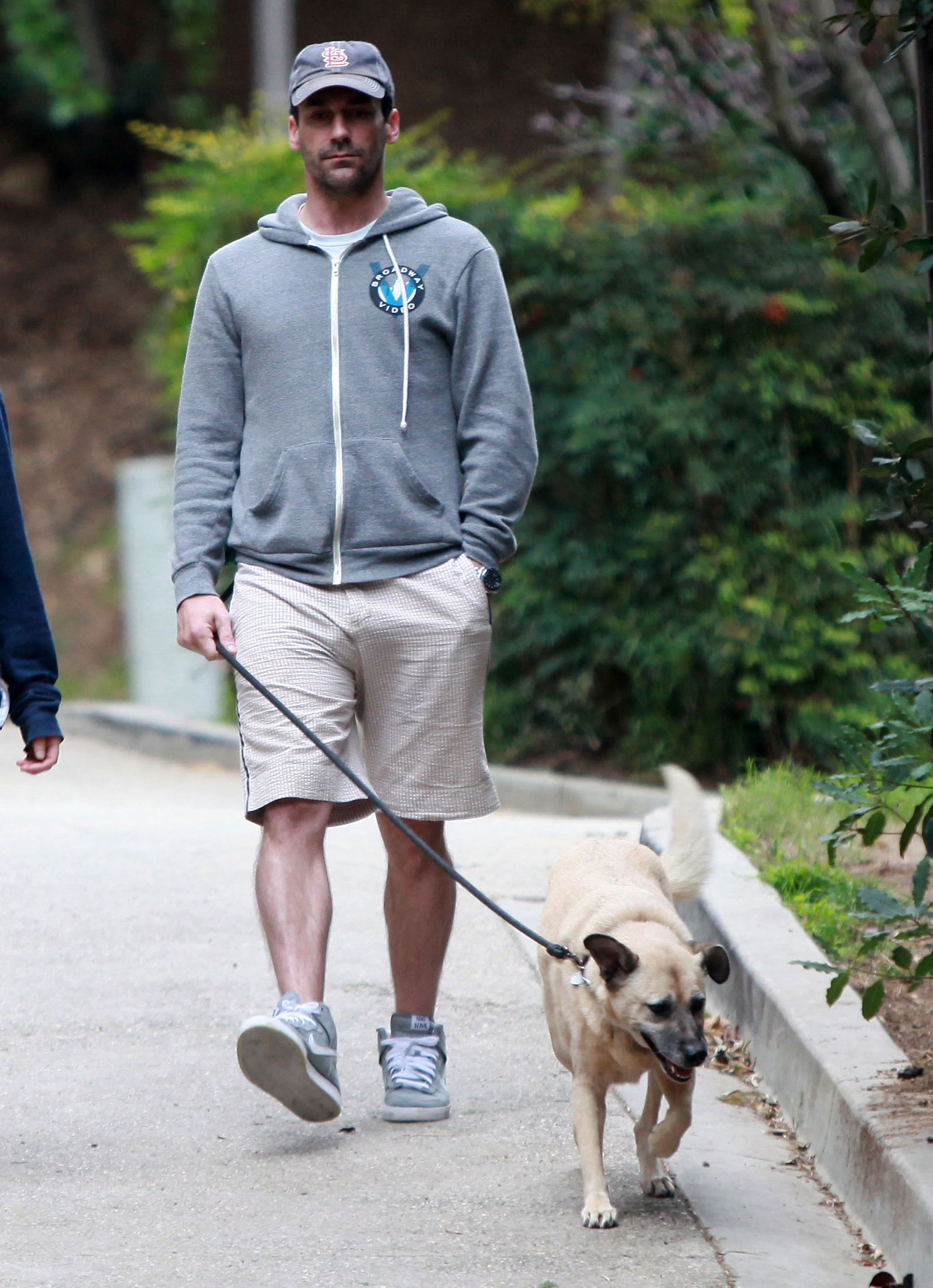 O Brien Auto Park >> Pictures of Jon Hamm With Dog at Park in LA | POPSUGAR ...