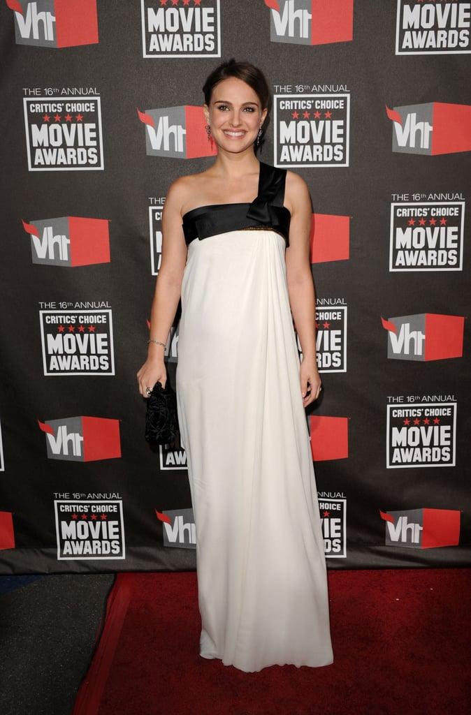 Pregnant Natalie Portman Is Radiant on Critics' Choice Carpet