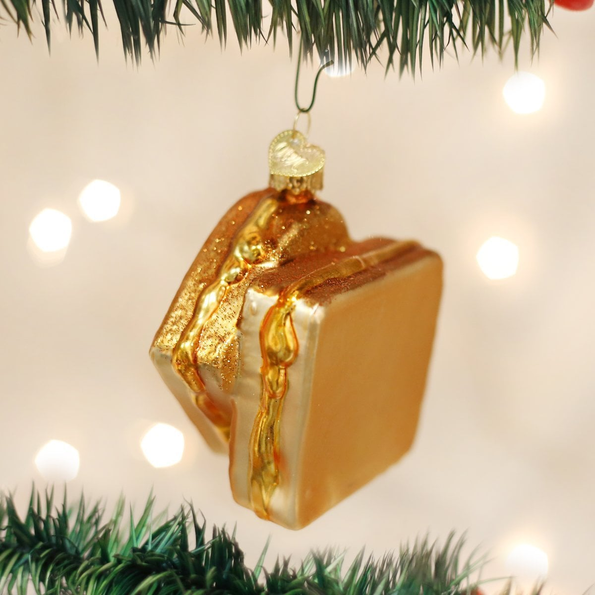 Grilled cheese christmas ornament popsugar food some people decorate their tree with glittery baubles and chic ornaments others prefer to do it with a little more flair if you find yourself in the solutioingenieria Image collections