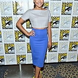 Naya Rivera showed off her svelte figure in a cool gray cropped top and form-fitted blue pencil skirt. But the more memorable outfit add-on? Her neon yellow pumps, of course.