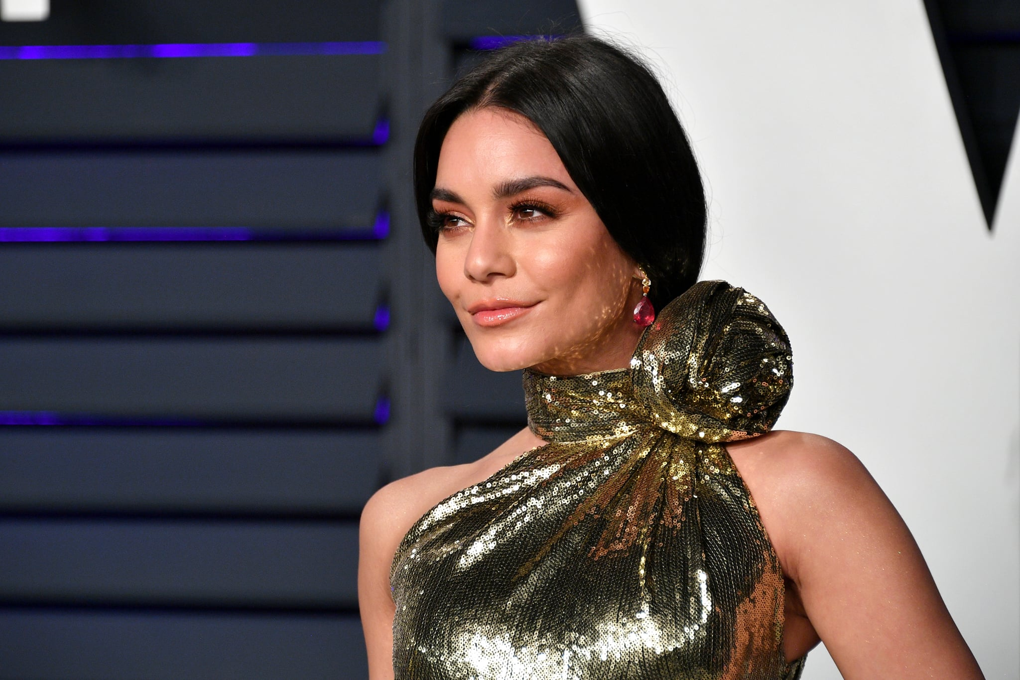 BEVERLY HILLS, CA - FEBRUARY 24:  Vanessa Hudgens attends the 2019 Vanity Fair Oscar Party hosted by Radhika Jones at Wallis Annenberg Centre for the Performing Arts on February 24, 2019 in Beverly Hills, California.  (Photo by Dia Dipasupil/Getty Images)