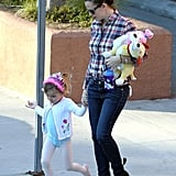 Jennifer Garner held hands with Seraphina Affleck, who sported her leotard and a crown for ballet class.
