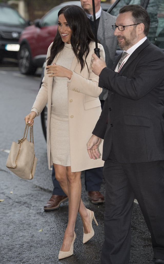 Meghan Markle Carrying a Stella McCartney Falabella Reversible Tote Bag in  Beige f6a23fd33deac