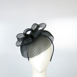 I'm not one to wear a crazy mad-hatter style hat, but also like to wear a bit more than a clip or feather. This crinoline fascinator by Morgan and Taylor is perfect for the look I'm after —simple and pretty. —Steph, POPSUGAR Australia health and beauty journalist Fascinator, $49.95, Morgan and Taylor