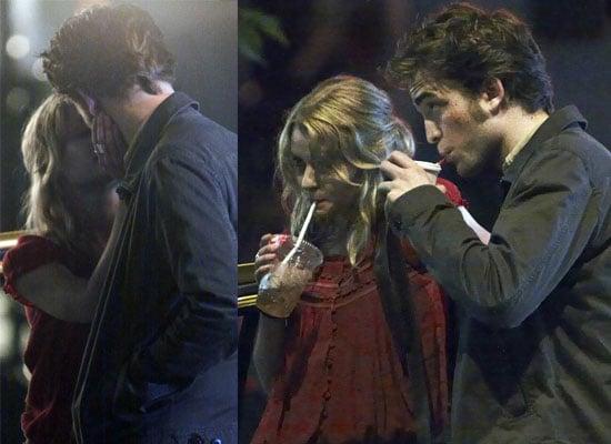Robert Pattinson and Emilie De Ravin Kissing In New York