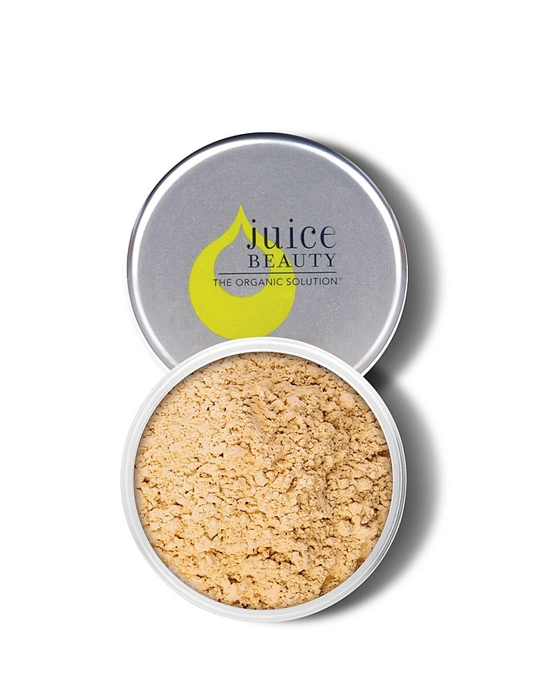 A setting powder that covers and clears blemishes