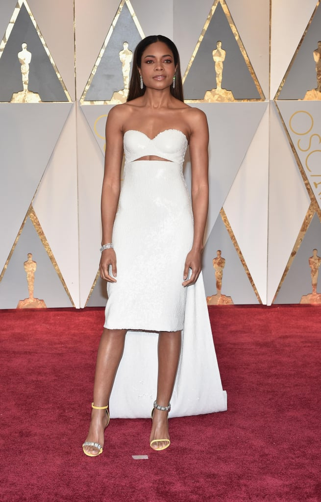 Naomie Harris in Calvin Klein at the 2017 Oscars