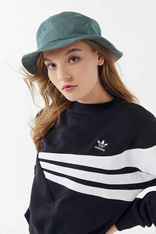 241d95a9 UO Chloe Canvas Bucket Hat | What to Wear to Music Festivals ...