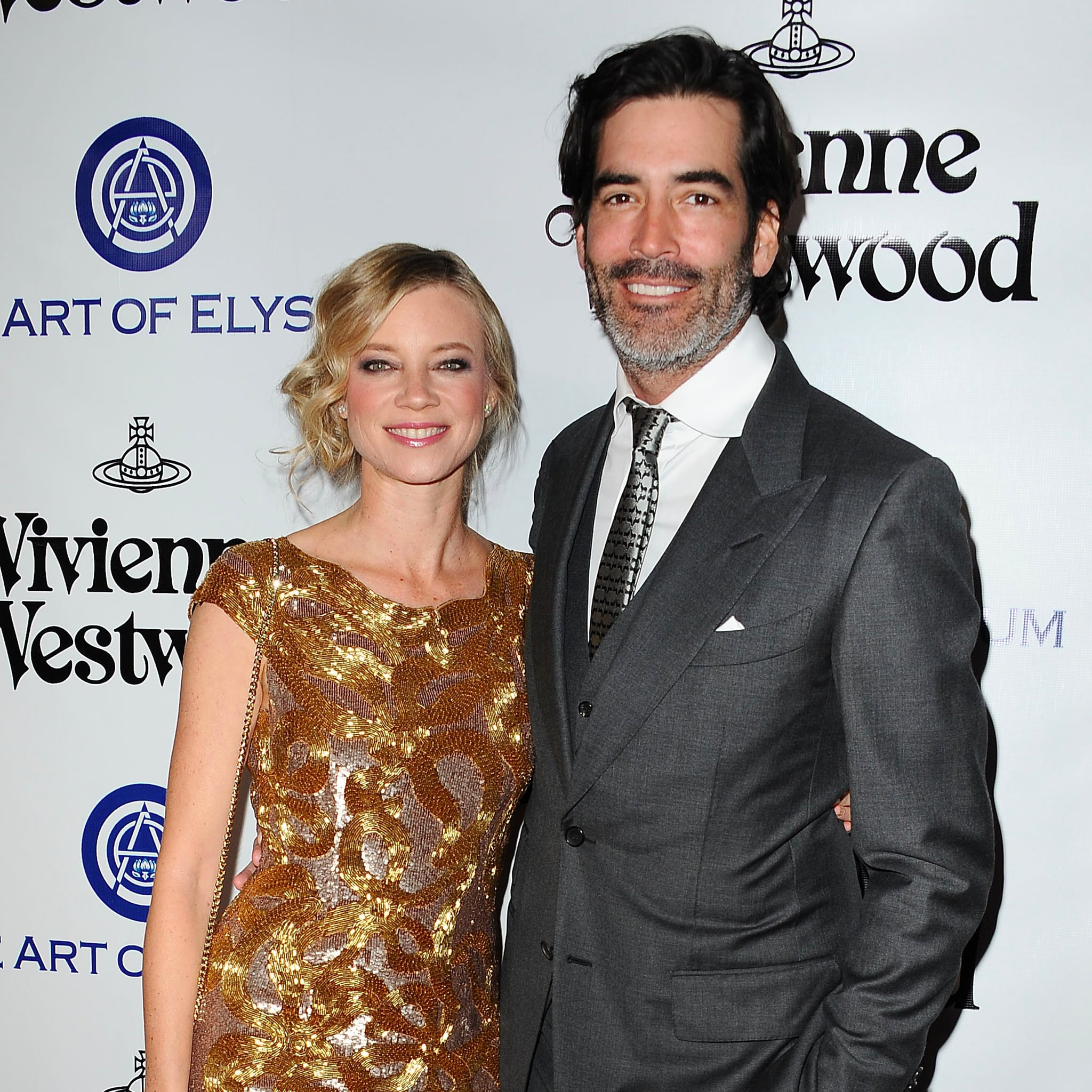 Amy Smart Sexy Photos amy smart and carter oosterhouse selling home   popsugar home