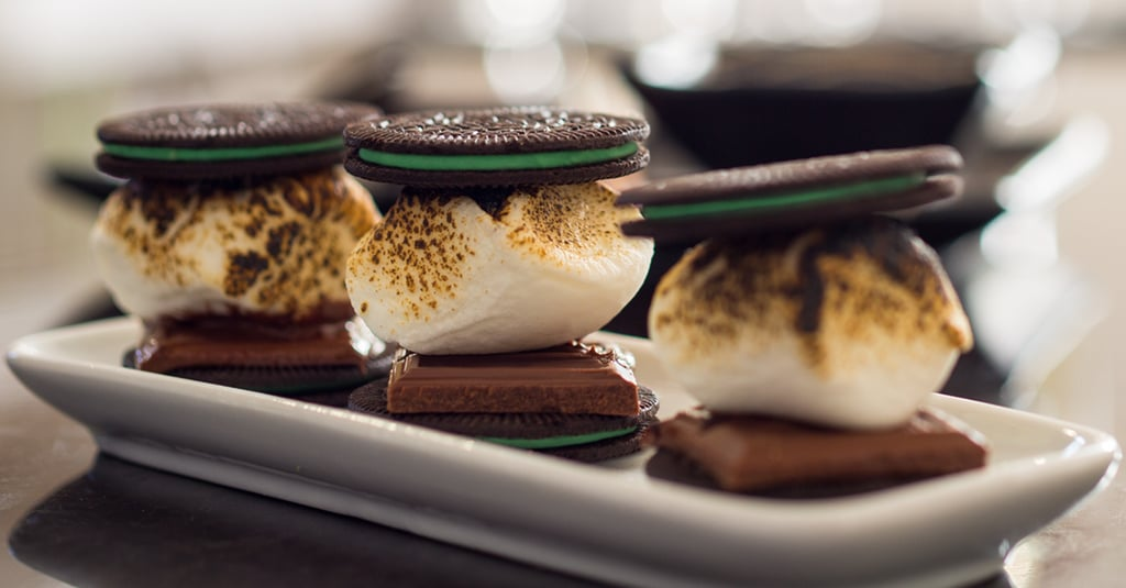Mint Oreo Thins S'mores