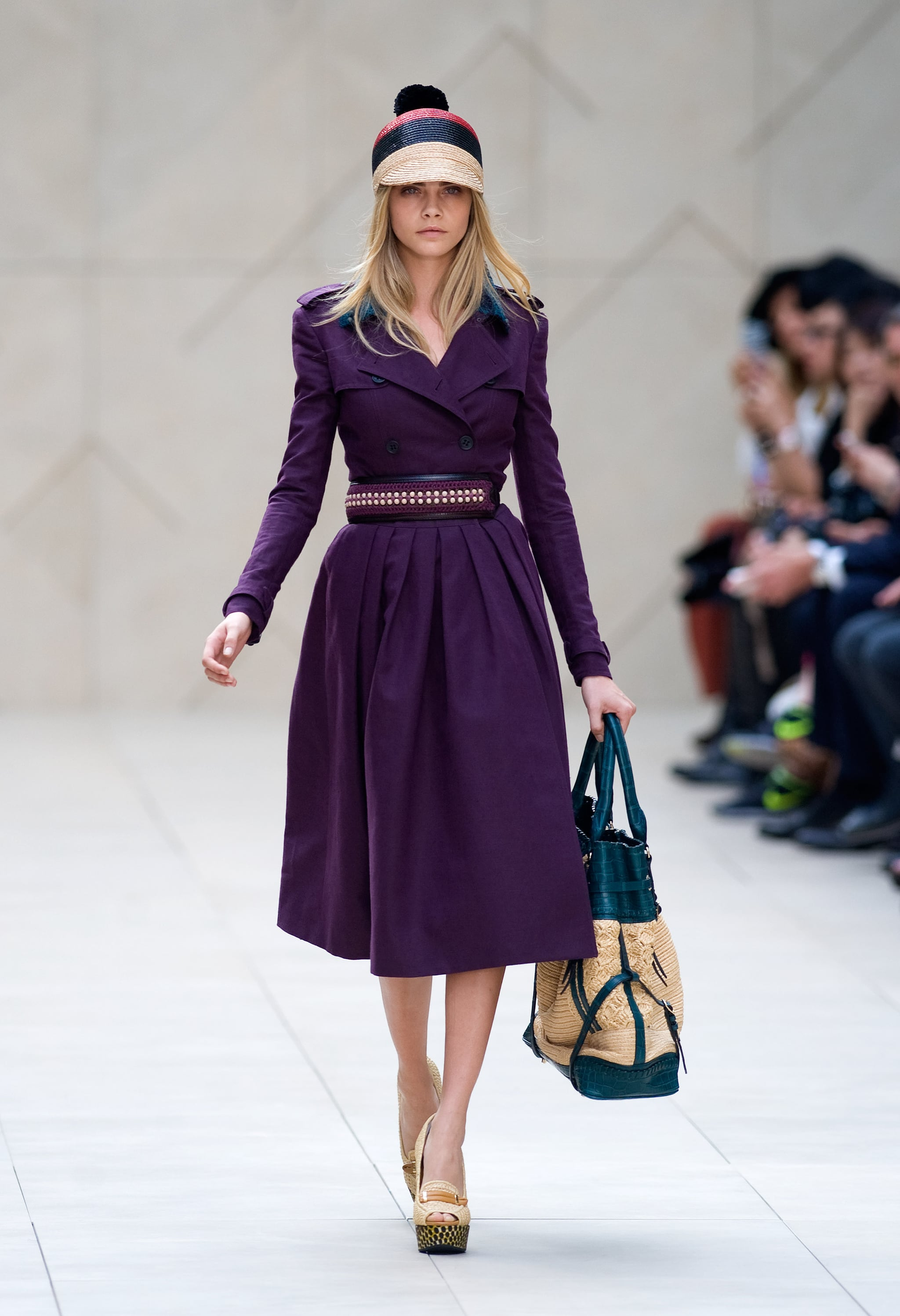 Review and pictures of burberry runway show at 2012 spring summer london fashion week popsugar - Burberry fashion show ...