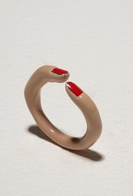 Anyone care for a Calourette Finger Ring ($100)? Eerie.