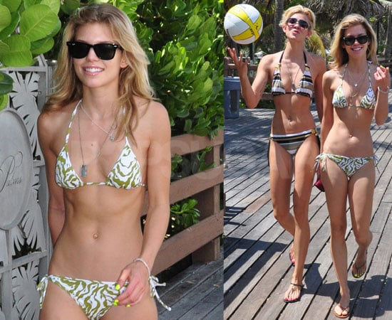 Pictures of AnnaLynne McCord and Sister Angel McCord in Bikinis on Miami Beach 2010-06-22 01:00:25