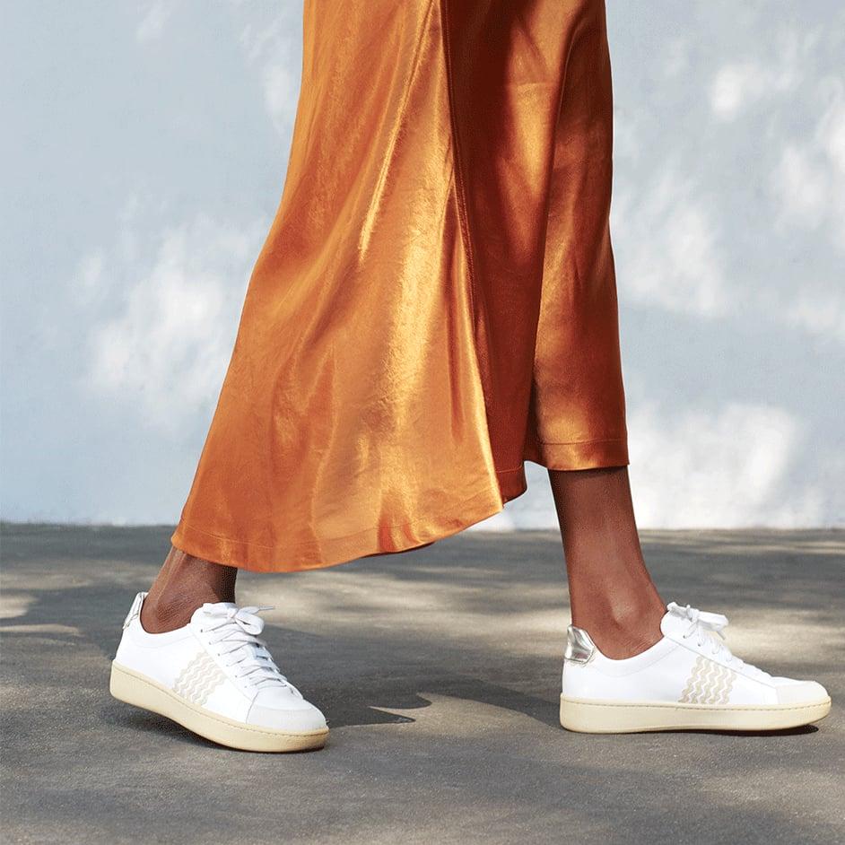 Best Travel Sneakers For Women 2019