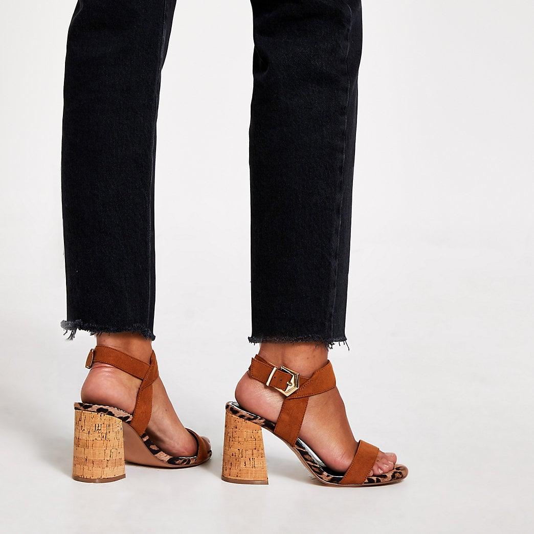 Best Sandals For Wide Feet   POPSUGAR