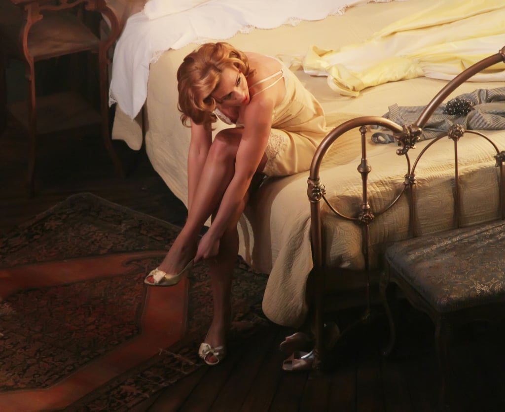 Scarlett Johansson Took The Stage For Cat On A Hot Tin