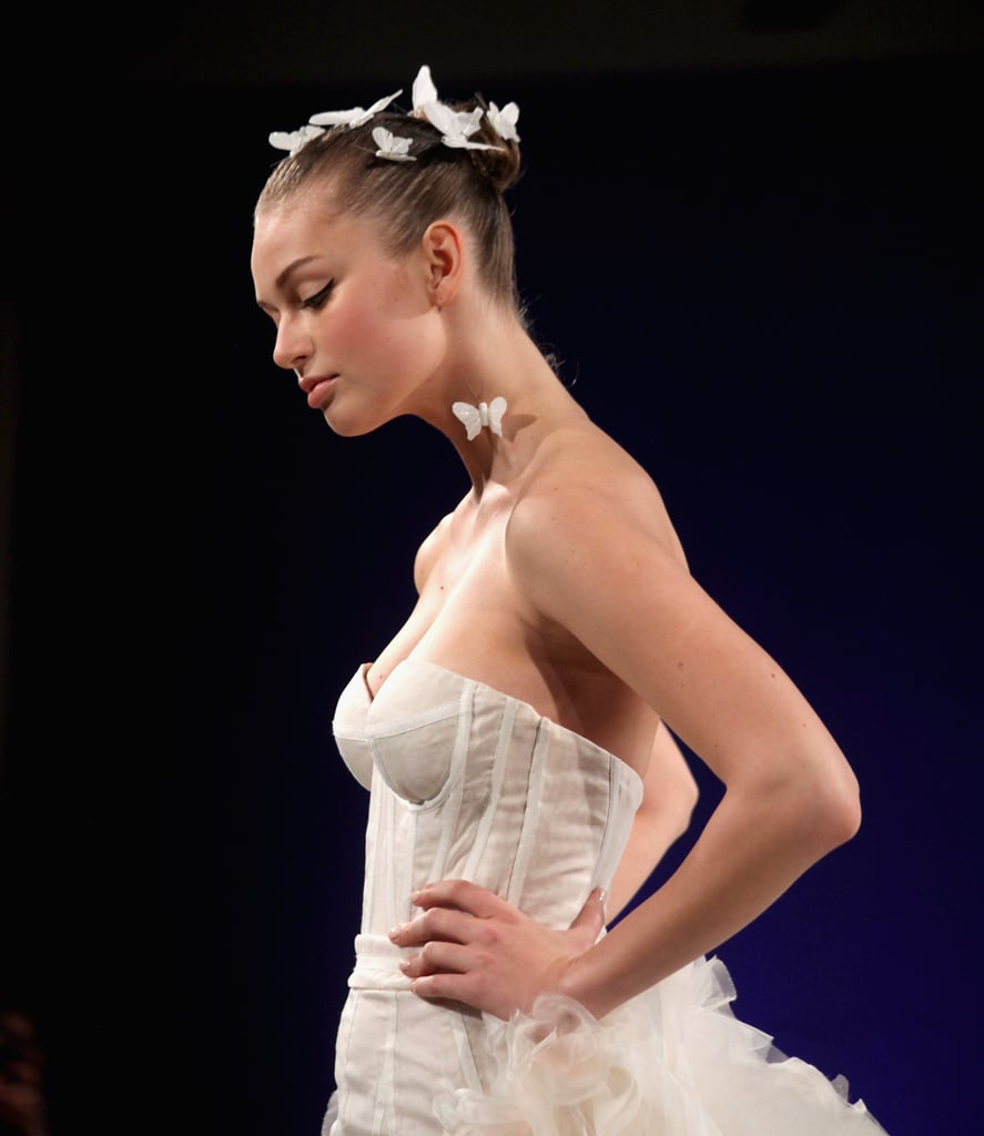 15 Dreamy Beauty Runway Looks Every Bride Needs to See