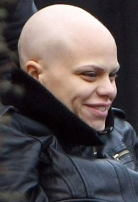 Roundup Of The Latest Entertainment News Stories — OK Magazine Apologises to Jade Goody For Tribute Issue