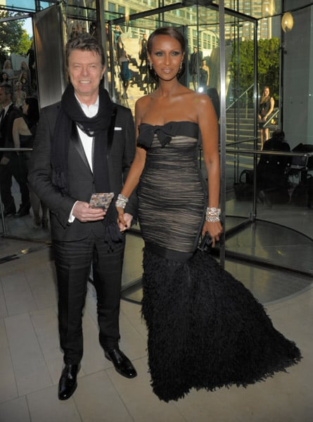 Iman, in much-loved Giambattista Valli, with her rockin' hubbie, David Bowie.