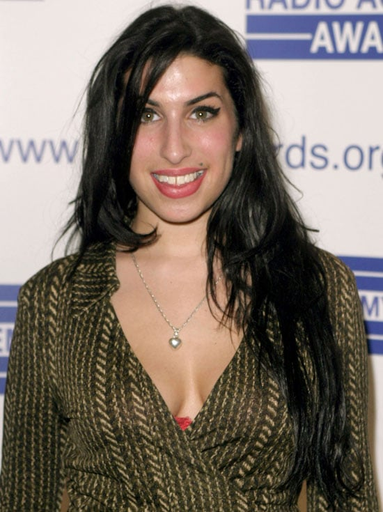 A Look Back At Amy Winehouse S Hair And Beauty Looks