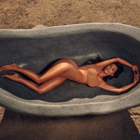 Jameela Jamil and Kim Kardashian Body Makeup Controversy